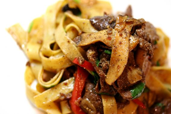 Black Pepper Beef Tagliatelle